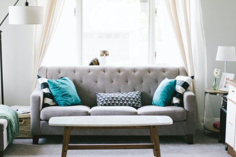 sedačka do malého obývacího pokoje